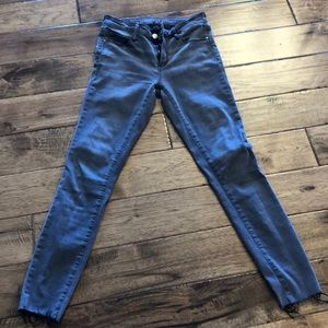 Like new Articles of Society GREY jeans - sz 28